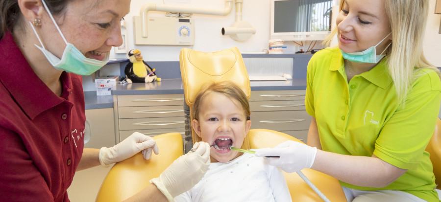 Kinderprophylaxe in der Zahnarztpraxis in Gablingen